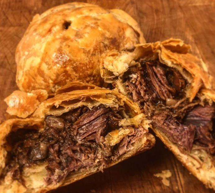 Steak & Ale Pies (Serves 2) - Antrobus Farms